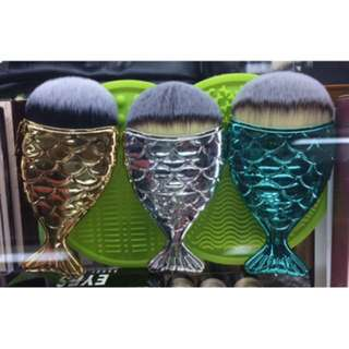 mermaid make up brush