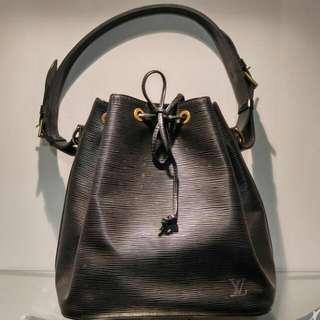 LV黑色水桶袋
