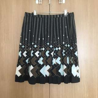 Hip Pleated Skirt