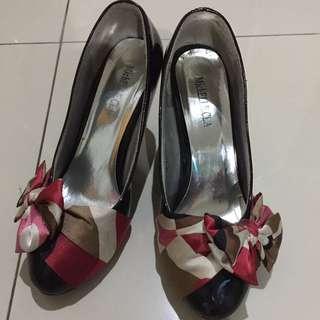 Sepatu Hak Fashion