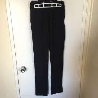 Lululemon Highrise Yoga Pant (Size 8)