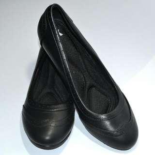 Shoexpress Black Office Shoes