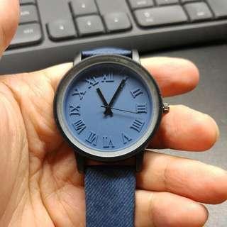 通體藍色個性手錶