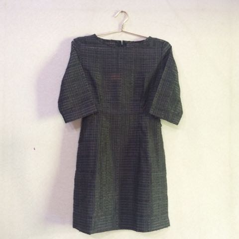 Abaya hitam transparan