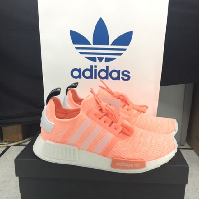 6d836f1fc7f00 Adidas NMD R1 - Sunglow BY3034