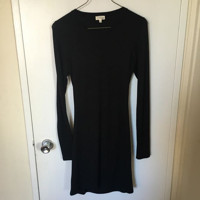 Aritzia Black Jersey Dress (Wilfred Free) Size L