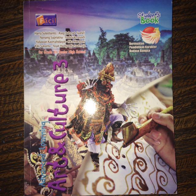 Art & Culture Fácil Buku Paket XII