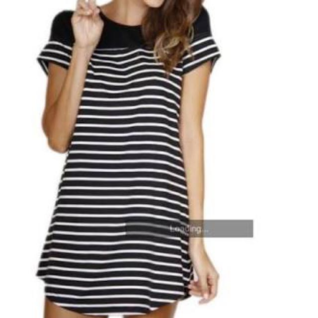 Black And White T Shirt Dress