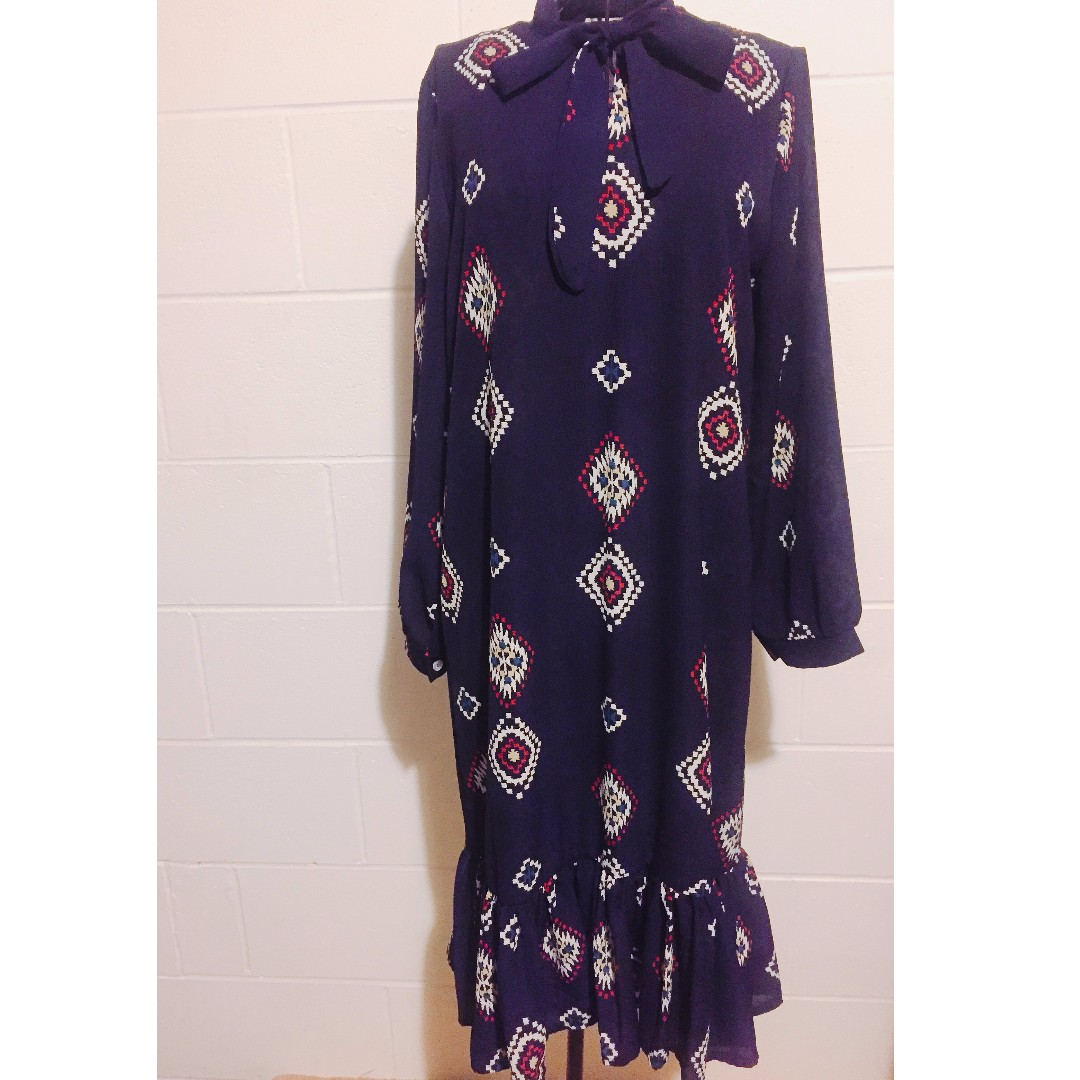 Bohemian Ruffle Hem Dress/ Navy blue