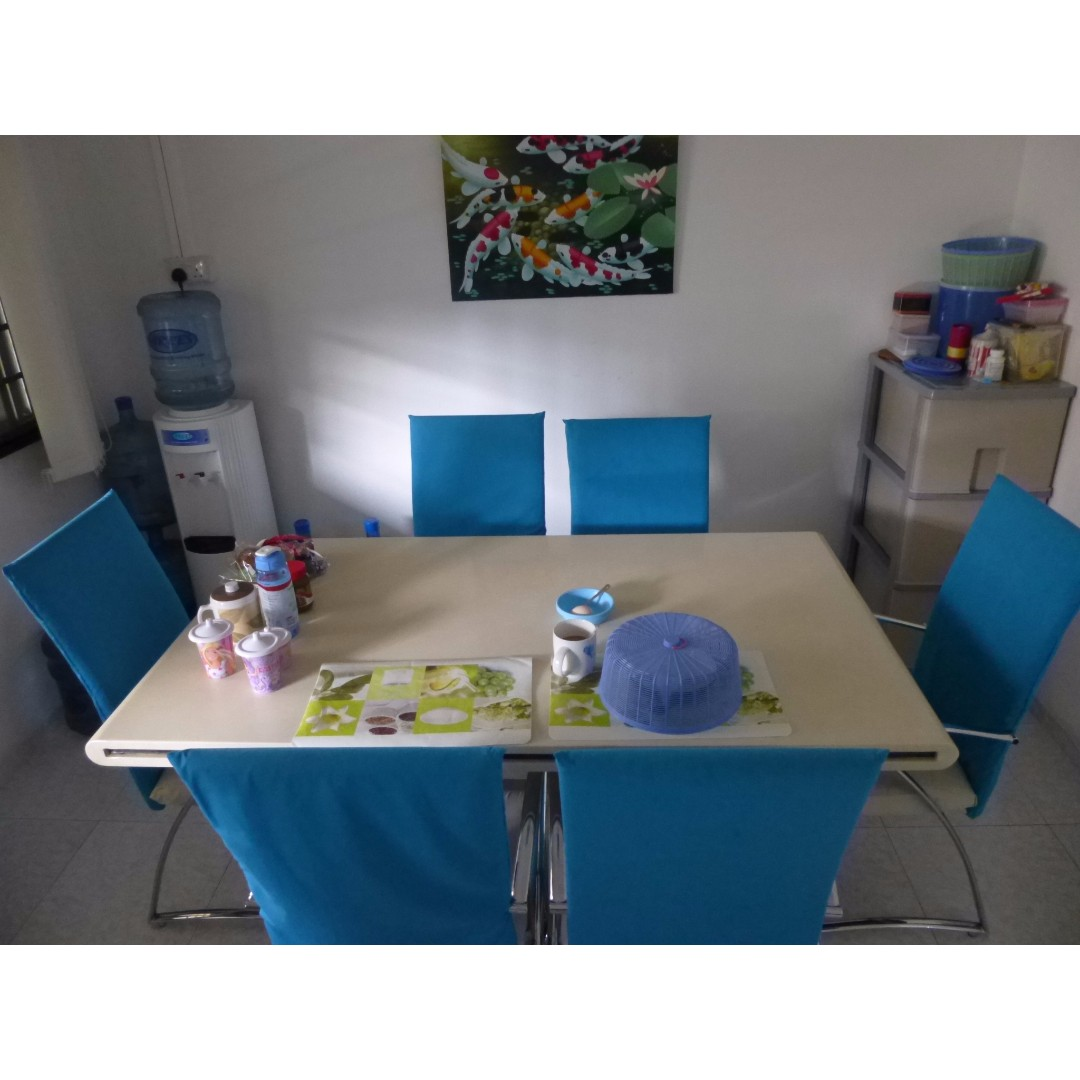 Cheap Dining table 6 Pax