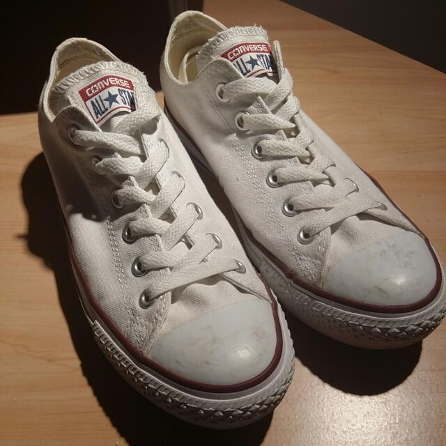 CONVERSE Chuck Taylor All Star Classic Low Top Sneakers