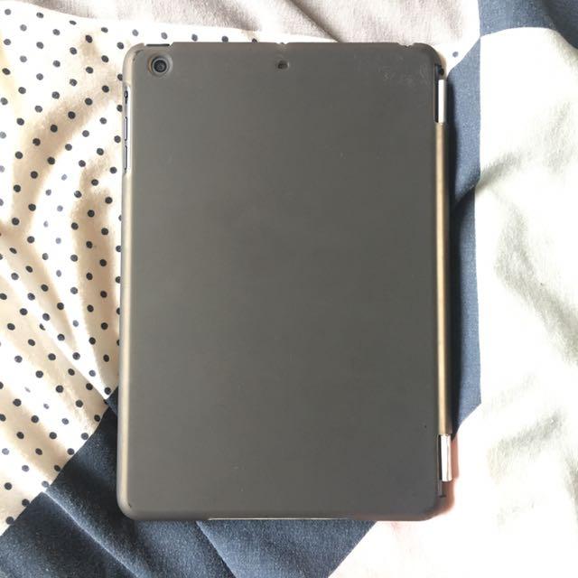 Genuine Apple iPad Mini w/ Box