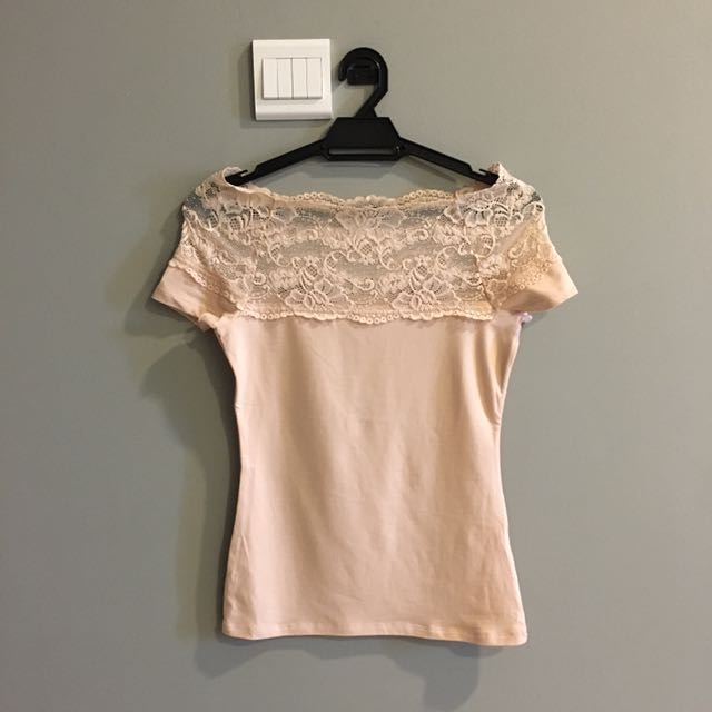 H&M BRAND NEW Light Pink Peachy Lace Off Shoulder Top