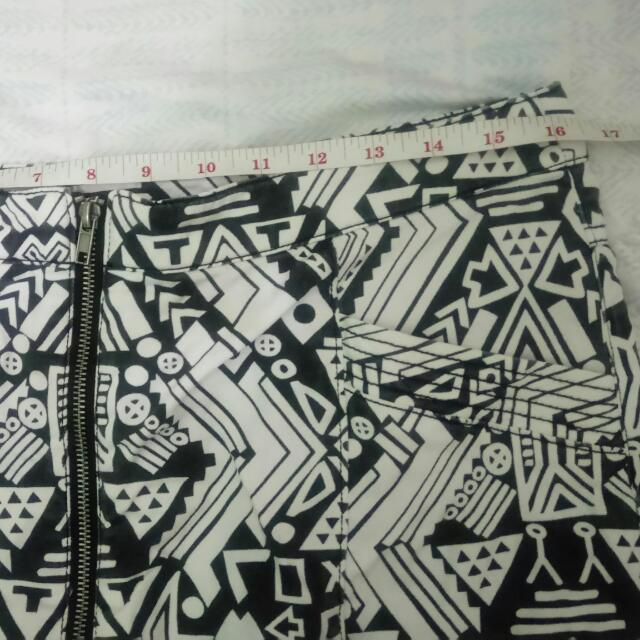 H&M Zip Aztec Skirt