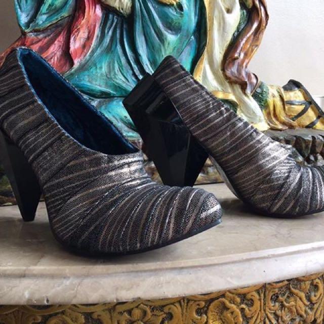 SALE‼️Irregular Choice UK Prism Heels