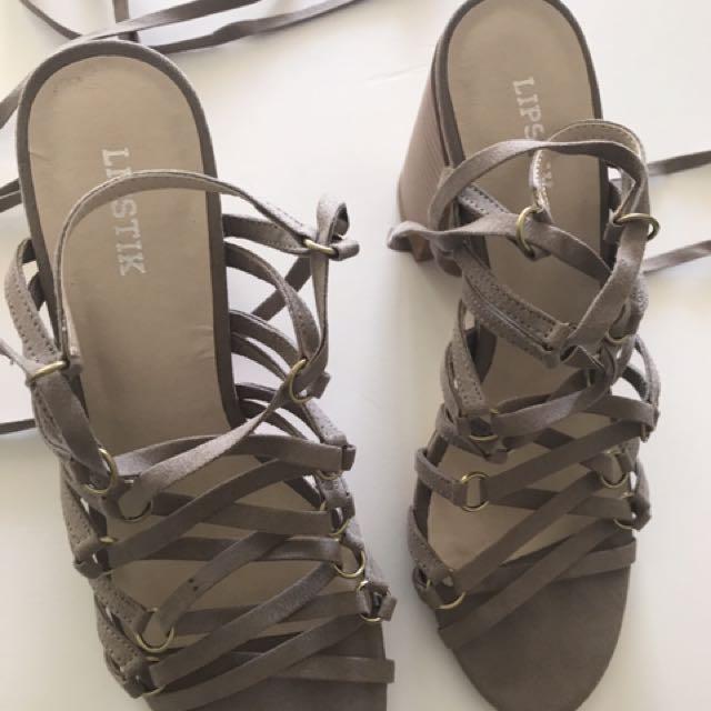 Lipstik Briallen Shoes Size 8