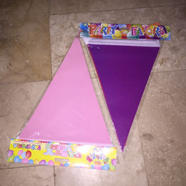🎀PLAIN PARTY FLAGS🎀