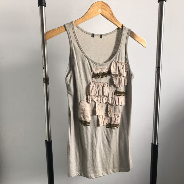 PRELOVED - GREY TANKTOP WITH RUFFLES