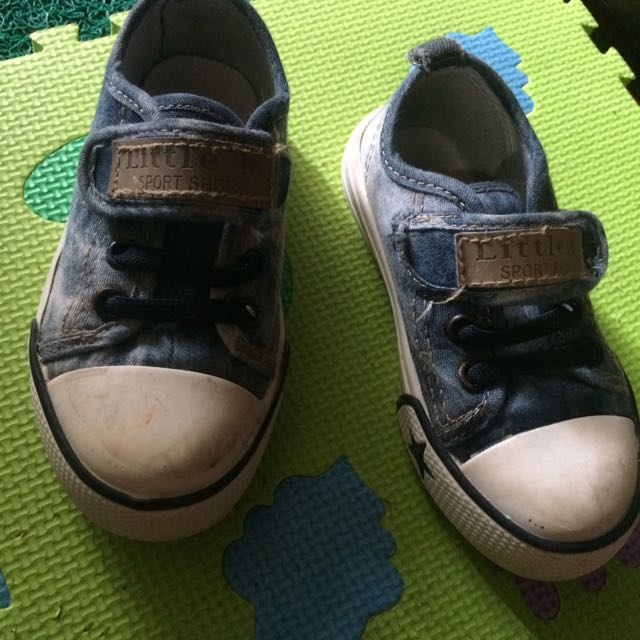Sepatu LittleM