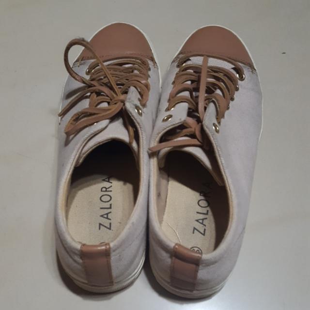 Sepatu Zalora Ukuran 39