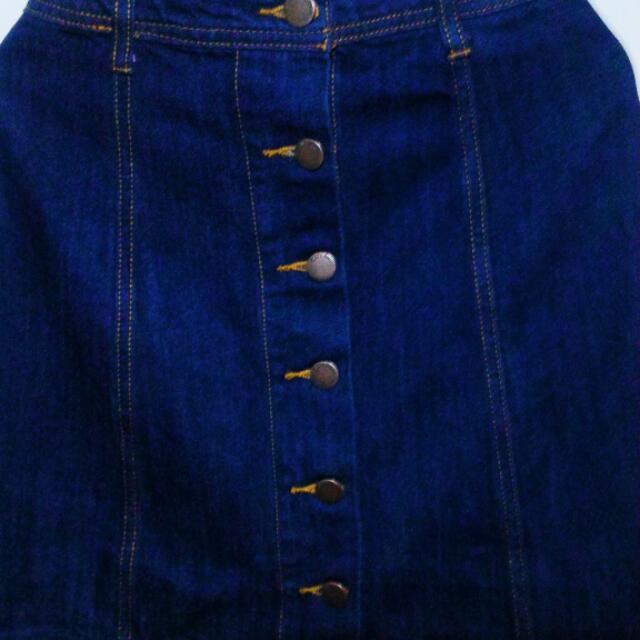 Sixty8ight Button Down A Line Denim Skirt