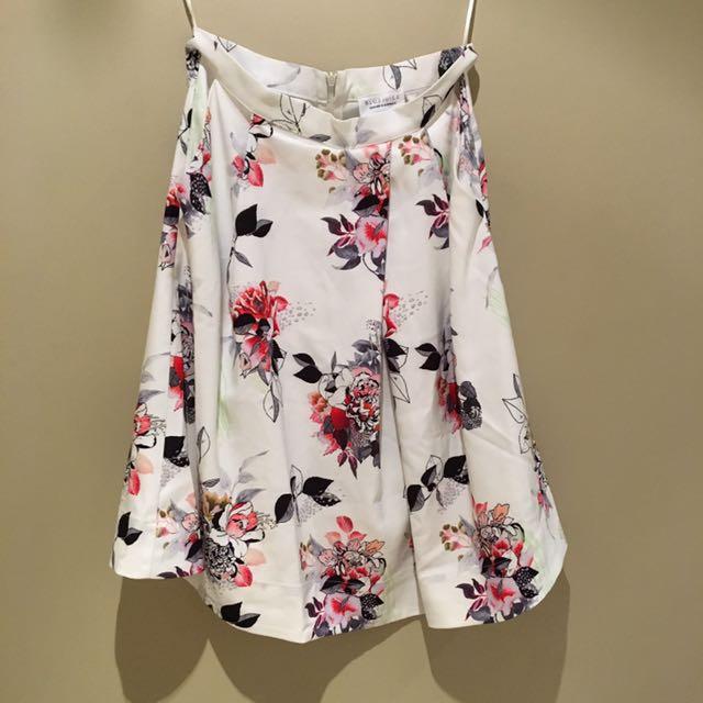 Sz 10 Blue Juice Floral skirt