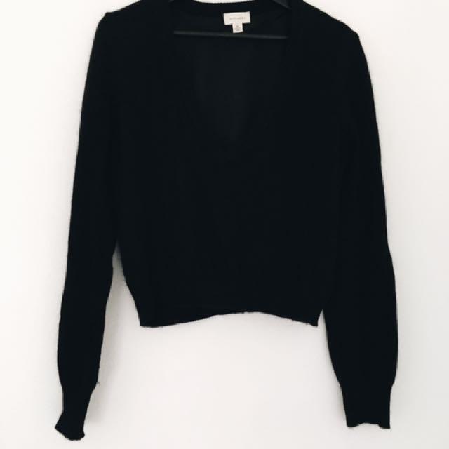 Witchery Women's Knit Size 12 V-neck