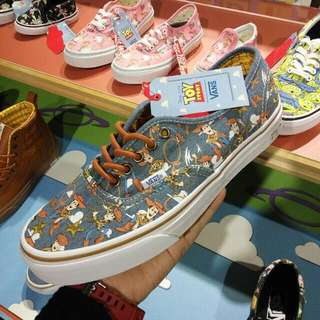 Vans Toy Story Size 41