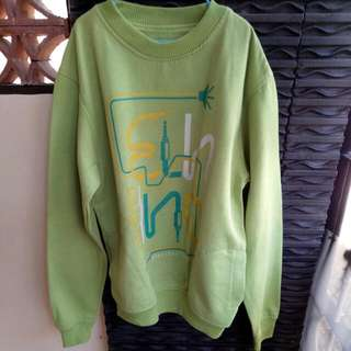 Sweater Hijau Unbranded