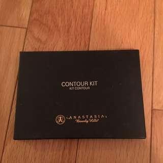 Anastasia Contour Kit (medium to tan)