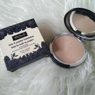 Kat Von D Lock It Powder Foundation M-54