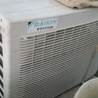 2nd Hand Aircon 1.5 And 1 HP