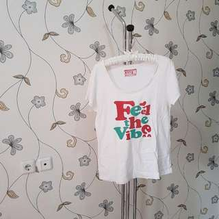 Tshirt Feel The Vibes