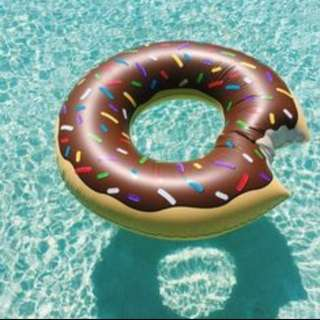 BN Donut Float (chocolate)