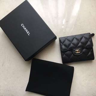 Chanel short wallet 牛皮