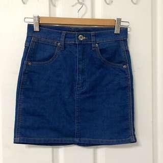 Denim Mini Skirt In Mid Wash