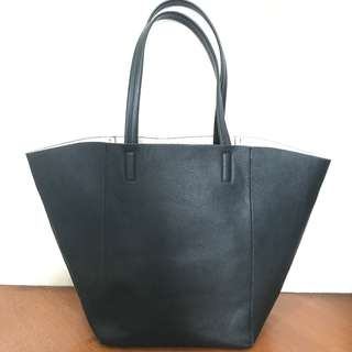 H&M - Black Tote Bag