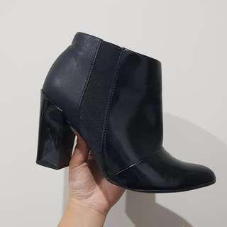Piccadilly Ankle Boots