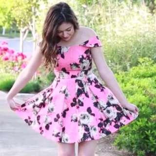 RENTING 💃🏻Topshop Floral Bardot Off The Shoulder Prom Dress