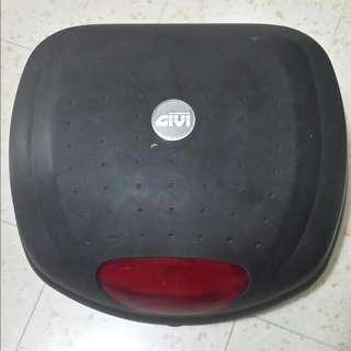Givi Helmet Box