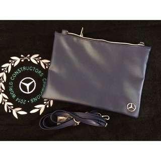 全新Mercedes-Benz 精品 斜背包