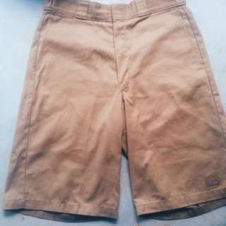 DICKIES SHORTPANTS!!