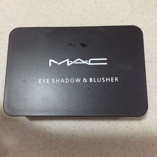 MAC Shadow And Blusher