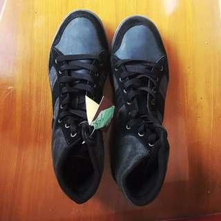 PENGUIN Black & Gray Sneakers