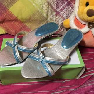 Preloved Follie Girl slide