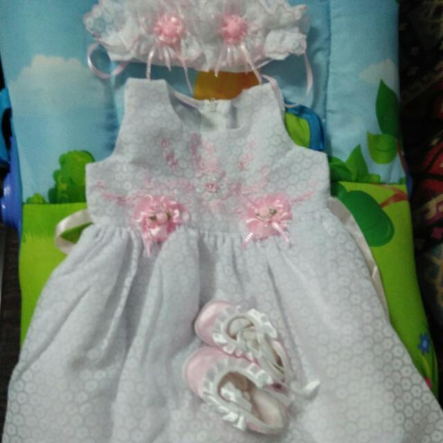 1 set Bastismal Dress