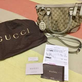 Authentic Gucci Bag Complete With Dustbag Serial Card Receipt