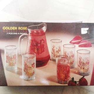 Nice Flowery Gold Pattern Glass Set