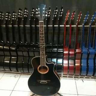 Gitar Akustik Yamaha APX Hitam