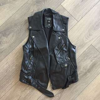 Guess Leather Vest size xs